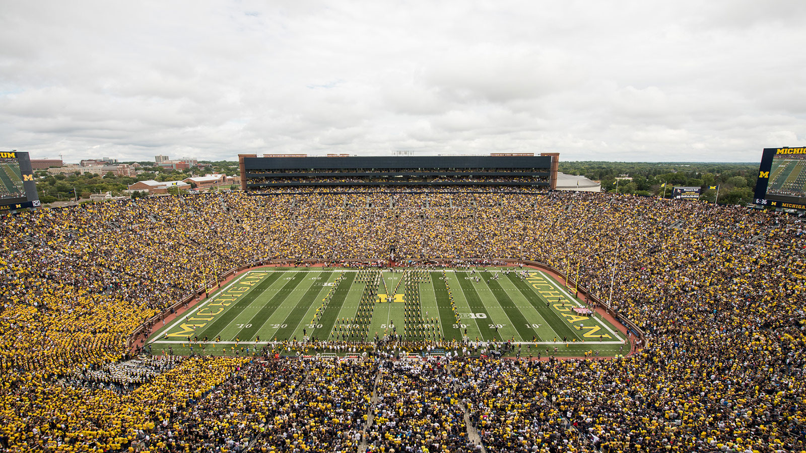 Umich Calendar 2020 Michigan Announces Changes to 2020 and 2021 Football Schedules