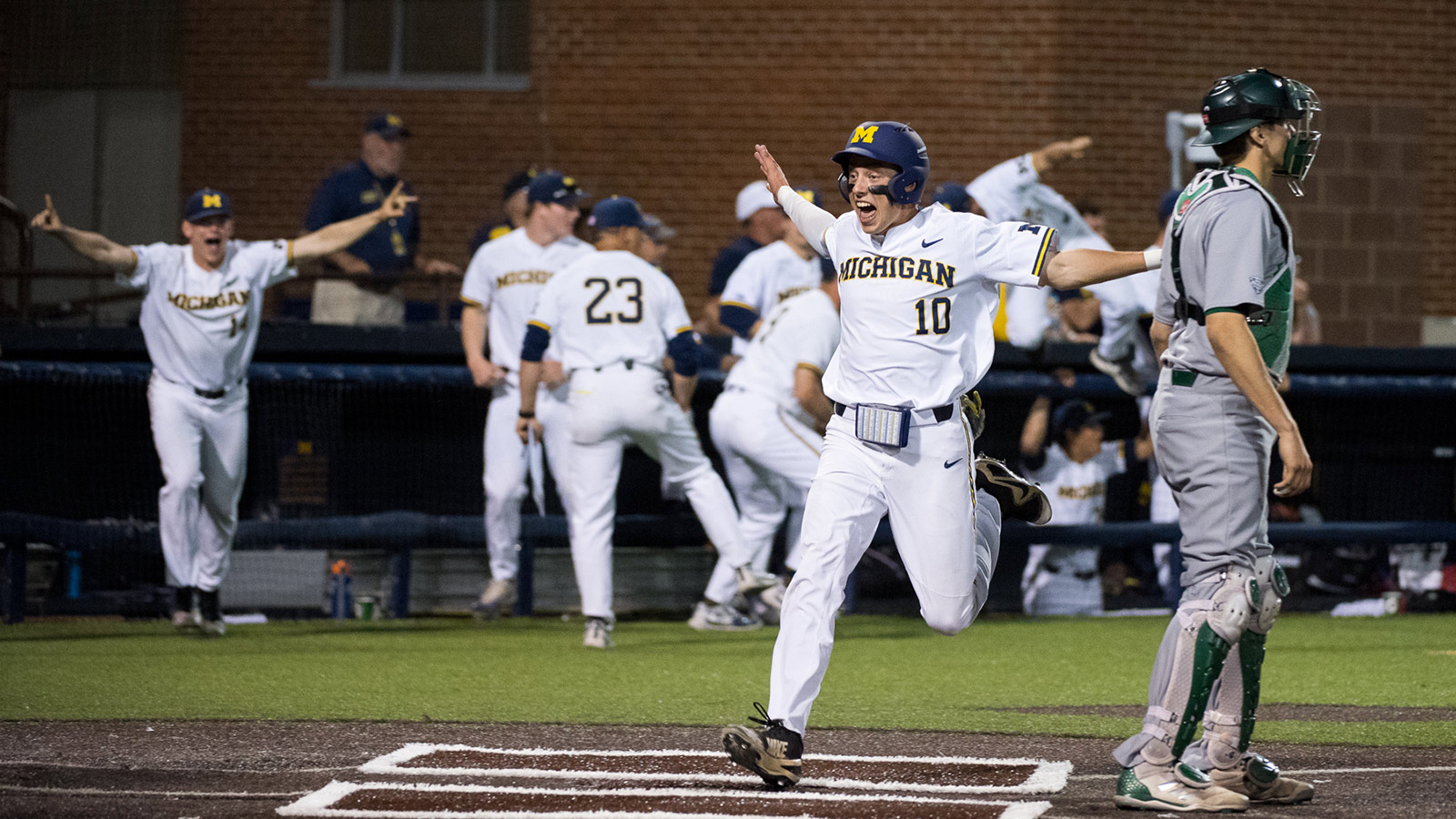 01e18a7631 Keener's Eighth-Inning Triple Propels U-M to Win over EMU ...