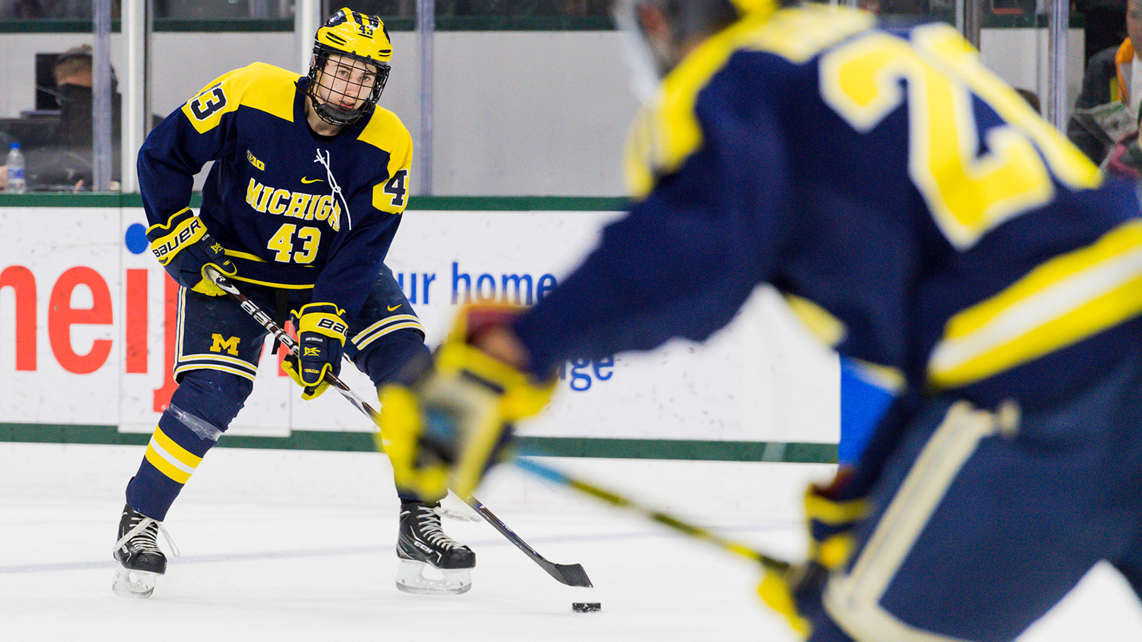 new concept e8b0e 4aa5a Quinn Hughes Returning to Michigan to Pursue Unfinished ...
